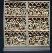 Alte Elfenbeinschnitzerei aus dem Mittelalter
